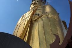 Great standing Buddha Bangkok (1)