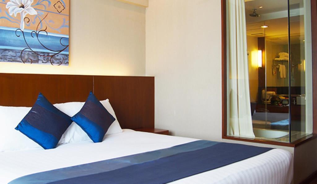 Zimmer Ramada Menam Riverside (c) Agoda/Ramada Menam