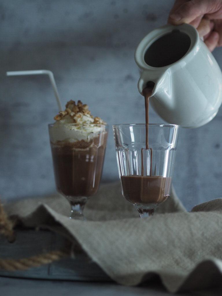 Schokoladen-Milchshake mit Banane