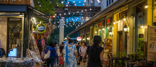 asiatique the riverfront (c)shutterstock_696035149