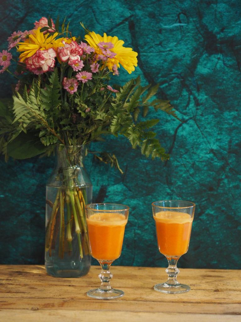 Apfel-Karotte-Ingwer-drink