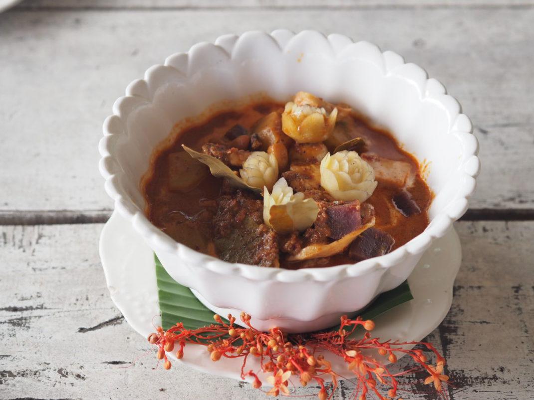 Masaman-Curry-Thai-Kochkurs-in-Ko-Chang-Blue-Lagoon-Cooking-Schoo