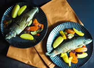 Forelle-aus-dem-Ofen-mit-Röstgemüse-und-Eachtling