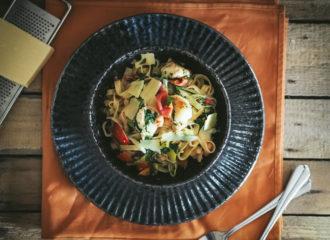 pasta-mit-garnelen-und-gemüse